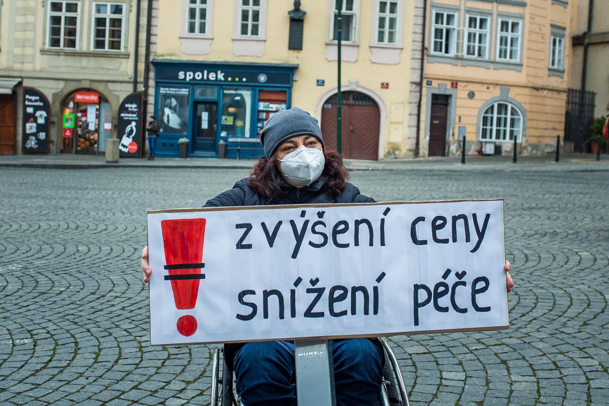 Demonstrace proti zdražování sociálních služeb